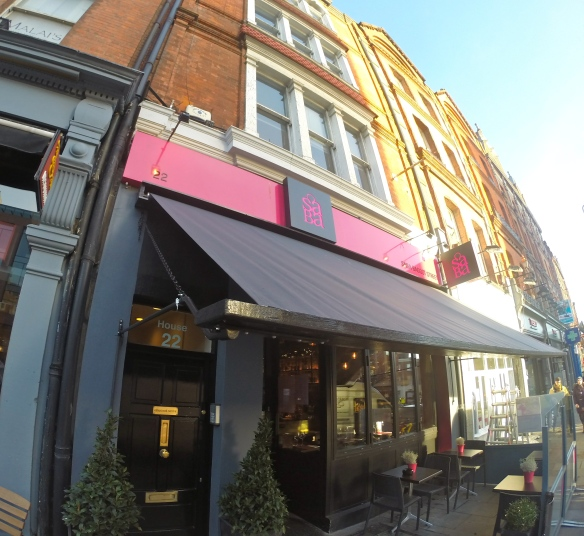 Promoshades-SABA Baggot Street-Drop Arm Awning-Tony St Ledger